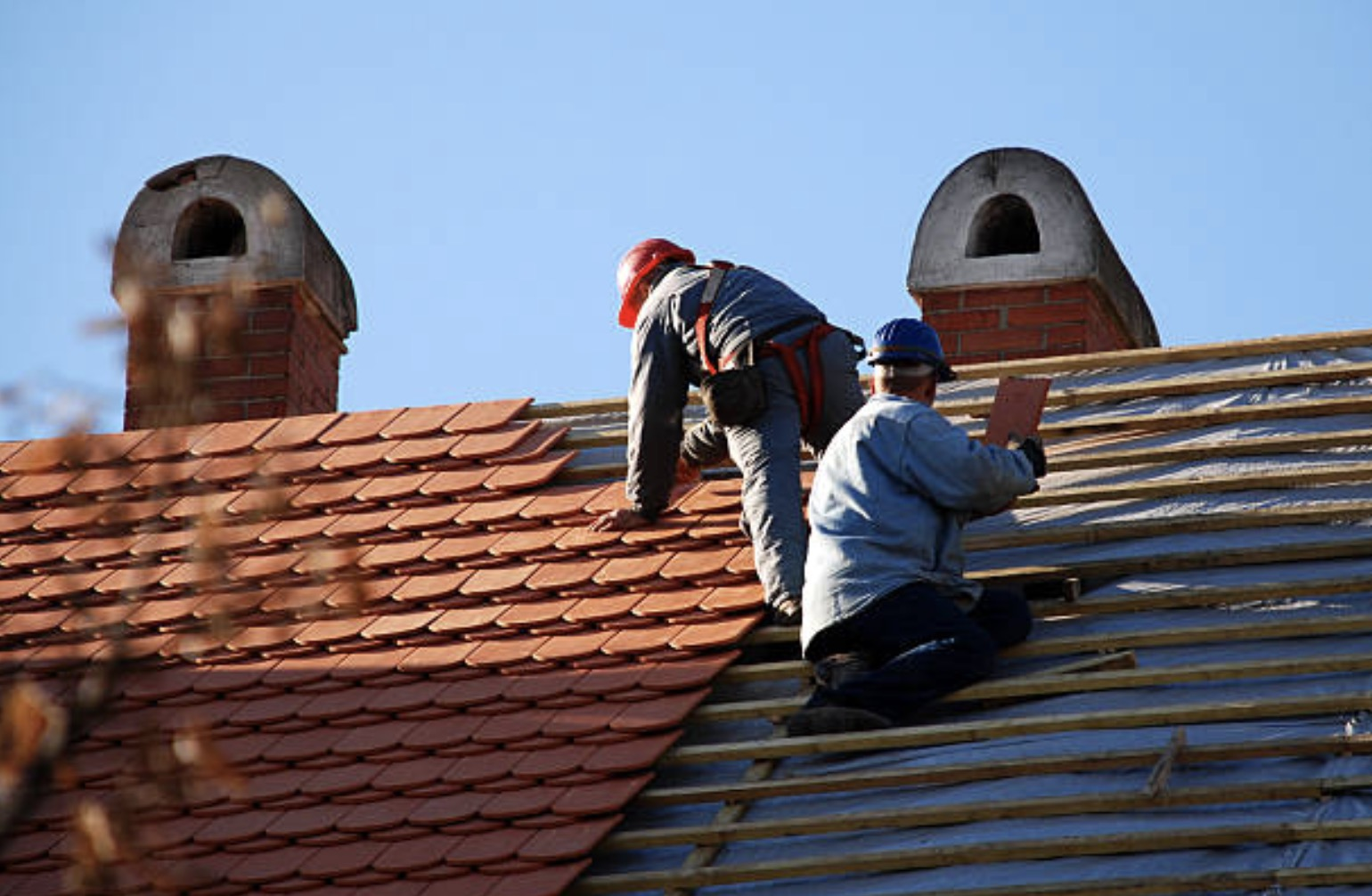 Guide On How To Choose A Roofing Contractor Slavin Home