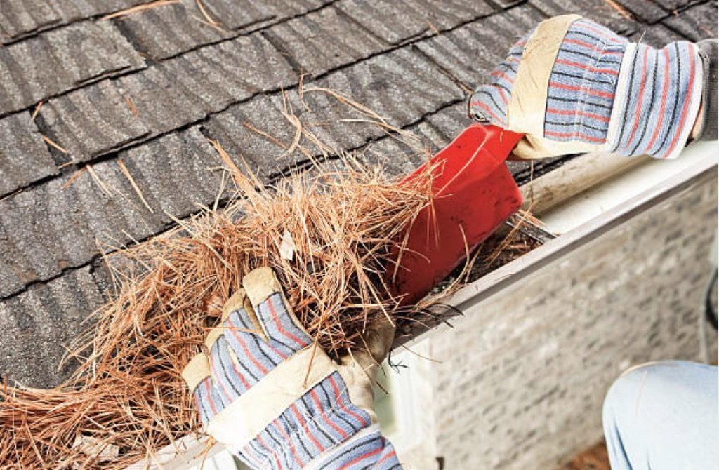 one of the materials to be use on how to clean gutters properly is gutter scoop