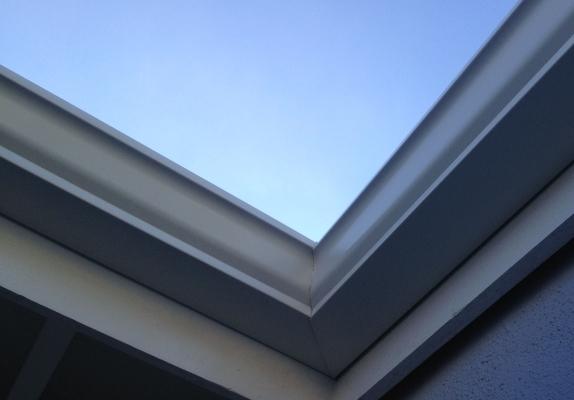 roof side corner
