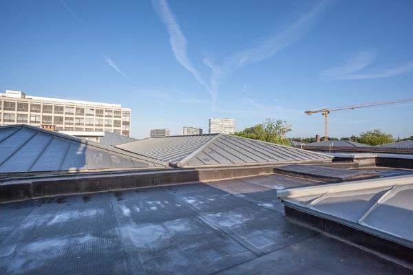 corproate flat roofed property